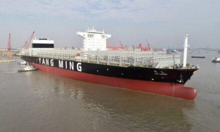 Yang Ming se hace cargo de la entrega anticipada de un portacontenedores transpacífico