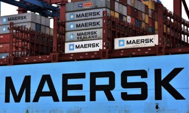 Maersk sorprende y utiliza sus propias naves para trasladar contenedores vacíos entre puertos de Nueva Zelanda