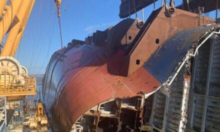 La operación de recuperación del naufragio «Golden Ray» va despacio y continuará hasta junio