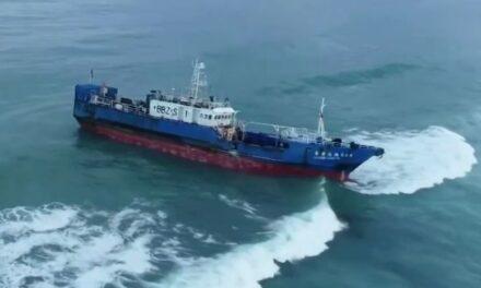 Barco chino encalla en las costas de Mauricio con 130 toneladas de petróleo a bordo