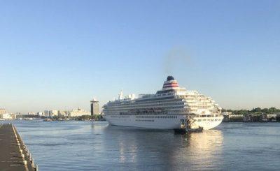 Detectan un positivo por Covid en crucero anclado en Japón