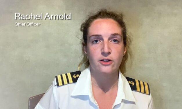 Video: Las mujeres en el transporte marítimo representan solo el 7,5% de la fuerza laboral de la gente de mar