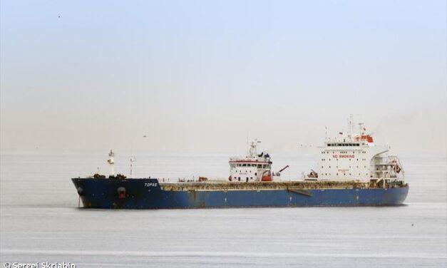 Barco espera 269 días para descargar carbón australiano en China