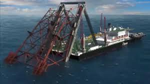 El mayor buque de construcción del mundo, el «Pioneering Spirit», instala sistemas de elevación únicos