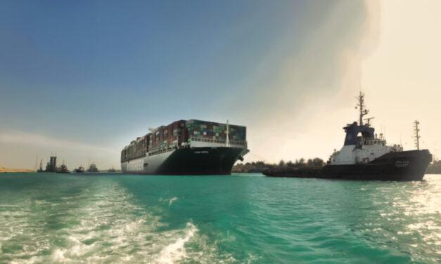 Las aseguradoras del «Ever Given» culpan al Canal de Suez de controlar la velocidad del buque antes de encallar
