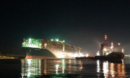 MV Ever Given reflotado parcialmente en Suez; el buque sigue bloqueando el canal