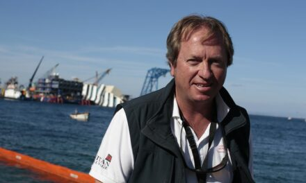 El capitán Nick Sloane, el jefe de salvamento que levantó el Costa Concordia, habla de lo que se necesita para reflotar el Ever Given – Entrevista