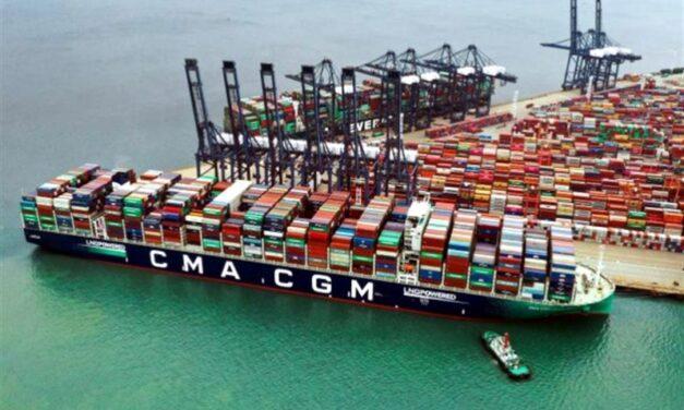 Bloqueo temporal del Canal de Suez agudizó escasez de contenedores en puertos asiáticos