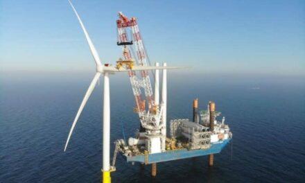 Jan De Nul está a mitad de camino en la instalación del mayor parque eólico marino de Dinamarca