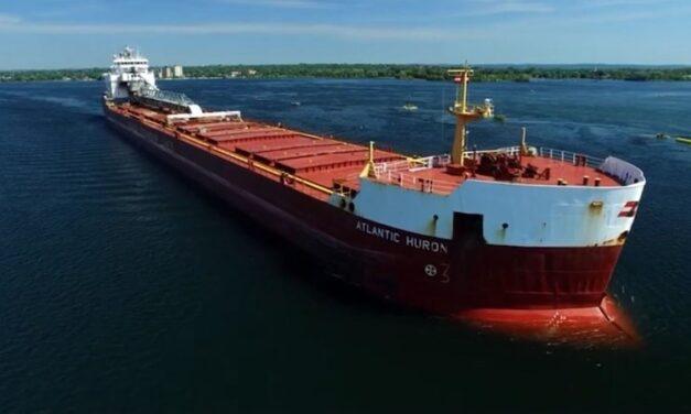 Un tornillo mal instalado provocó un costoso accidente marítimo en las esclusas de Soo: Informe de la NTSB