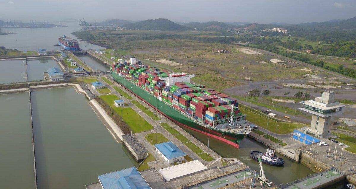 El Canal de Panamá aplaza la subida prevista de las tasas de reserva de tránsito