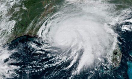 Los meteorólogos prevén otra temporada de huracanes por encima de la media en 2021