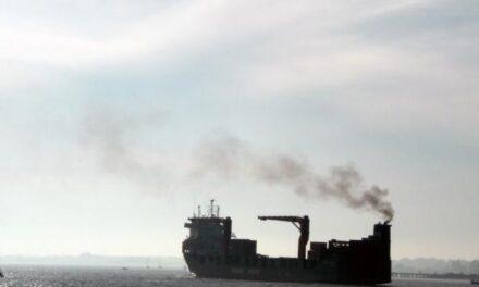 Los grupos navieros dan un giro de 180 grados en la fijación del precio del carbono «desde hace tiempo»: ONGs