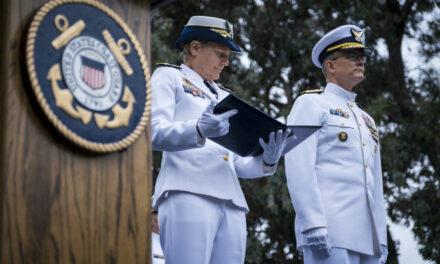 El presidente Biden nombra a la vicealmirante Linda Fagan como vicecomandante de la Guardia Costera