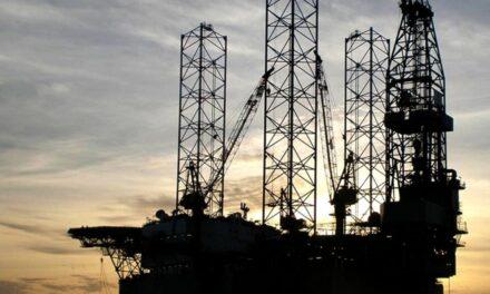 Aban suspende una plataforma petrolífera mientras la India se enfrenta a la oleada de Covid-19