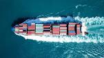 Los buques portacontenedores aumentan su velocidad mientras las tarifas siguen subiendo