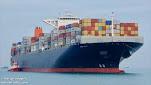 'Maersk Emerald' encalla brevemente en el Canal de Suez, provocando recuerdos del Ever Given