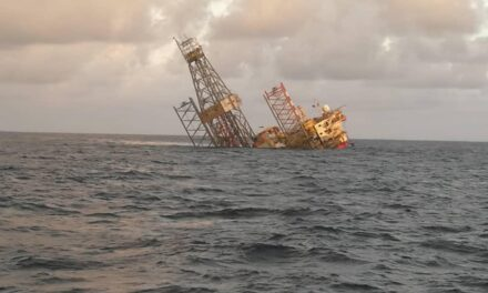 Las plataformas de perforación Jack-Up operadas por ConocoPhillips se hunden frente a Malasia