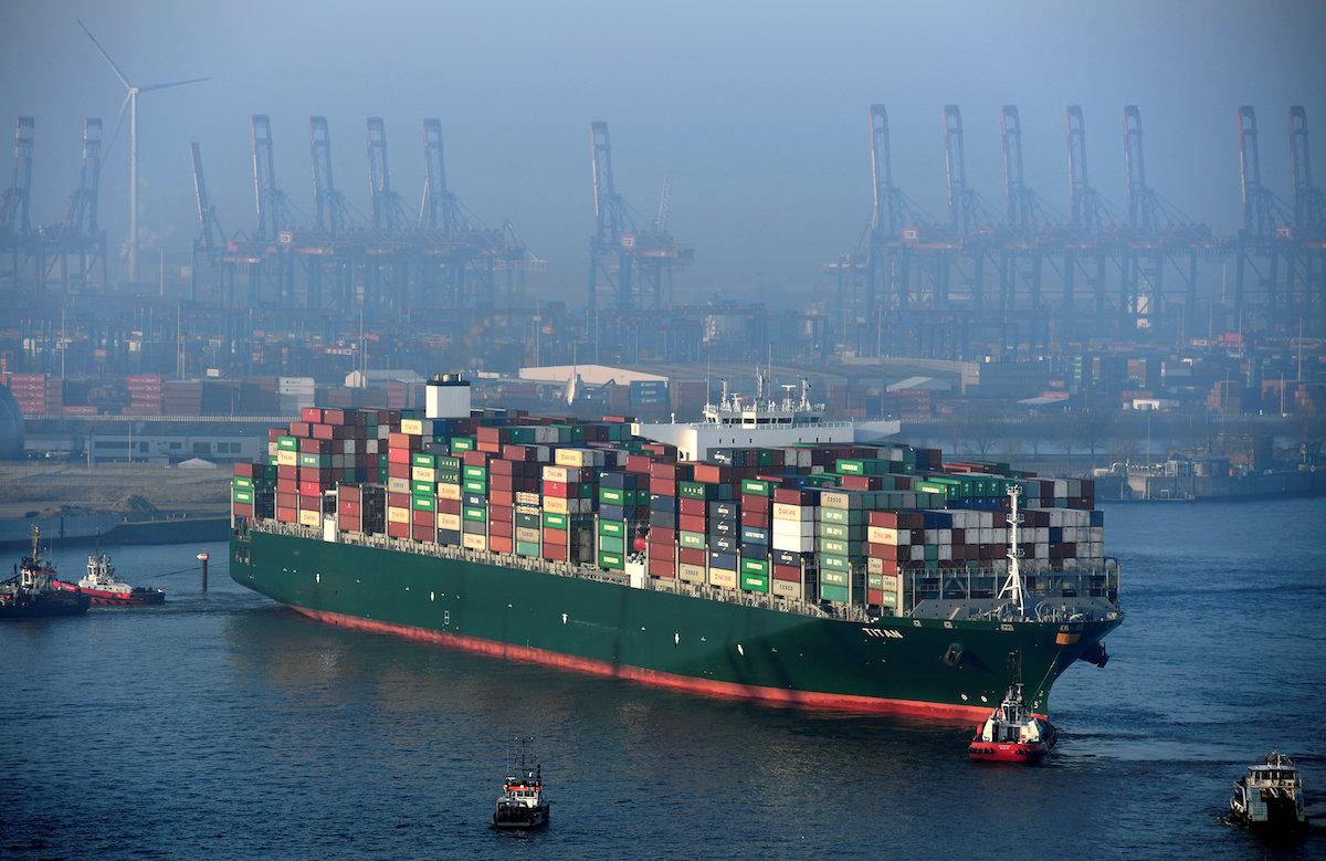 La UE dirige al transporte marítimo hacia el mercado de carbono para emisiones de los buques