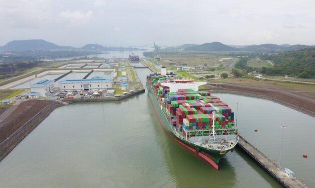 El Canal de Panamá amplía la eslora total y aumenta el calado de las esclusas «Neopanamax»