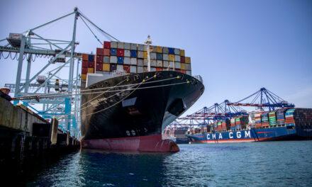 Un millón de TEUs en un mes: El puerto de Los Ángeles establece un nuevo récord de carga en el hemisferio occidental