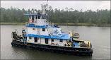 NTSB: Una evaluación inadecuada de la navegación provocó la colisión de una barcaza contra un puente en Florida