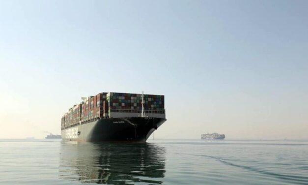 El «Ever given» se dirige a Qingdao para ser reparado