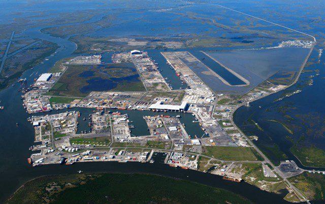 Las empresas de energía en alta mar se están trasladando lejos de los devastados puertos de Luisiana