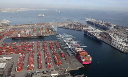 Nuevos récords diarios de buques en los puertos de Los Ángeles y Long Beach