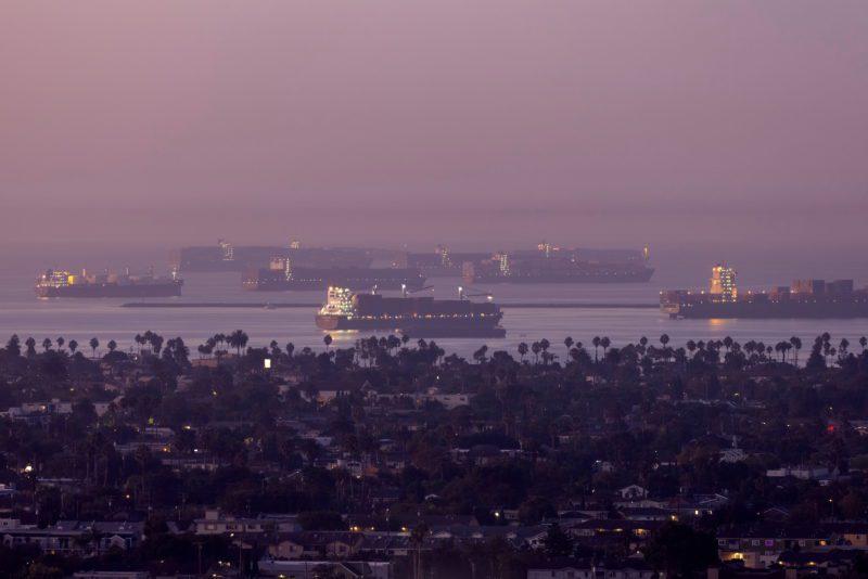 El aumento de contenedores en Los Ángeles-Long Beach sitúa al complejo portuario por encima de Hong Kong