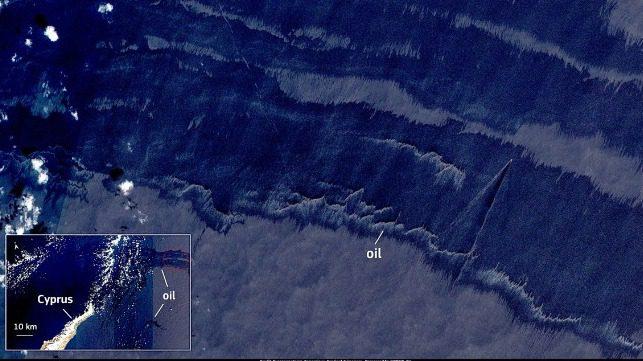 La marea negra siria amenaza las costas del norte de Chipre