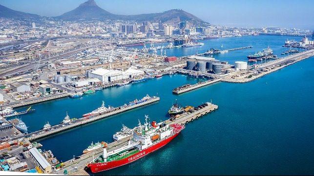 La terminal de contenedores de Ciudad del Cabo: ¿Mejorar o trasladar?