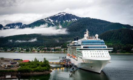 La senadora Murkowski presenta un proyecto de ley para eximir a los grandes cruceros de Alaska de la Ley de Servicios de Buques de Pasajeros