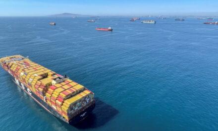 ¿La congestión portuaria cancelará la Navidad este año?